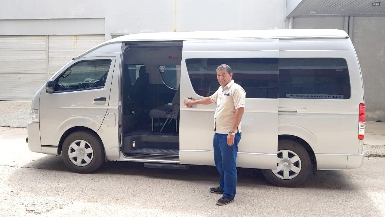 Sewa Mobil di Batam | Sewa Mobil Hiace di Batam